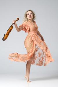 Aniye by aniyeby, aniye by torino, violinist, violinista,